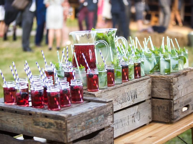 The best drinks bar for weddings