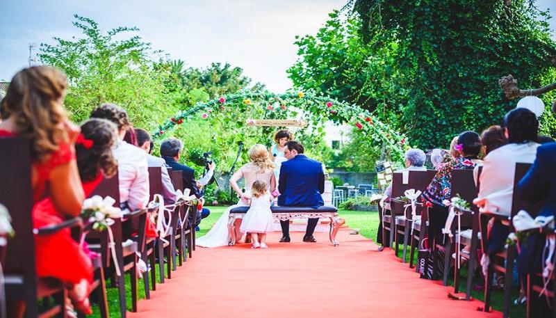 top wedding date