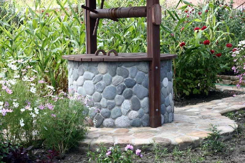 How To Make A Decorative Well?