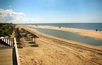 best beaches in huelva